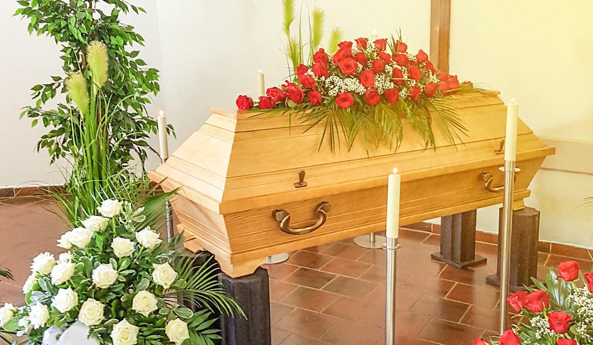 Bornkessel Bestattung Bestattungen Bestattungsinstitut Erfurt Stotternheim Gotha Trauernde Kinder